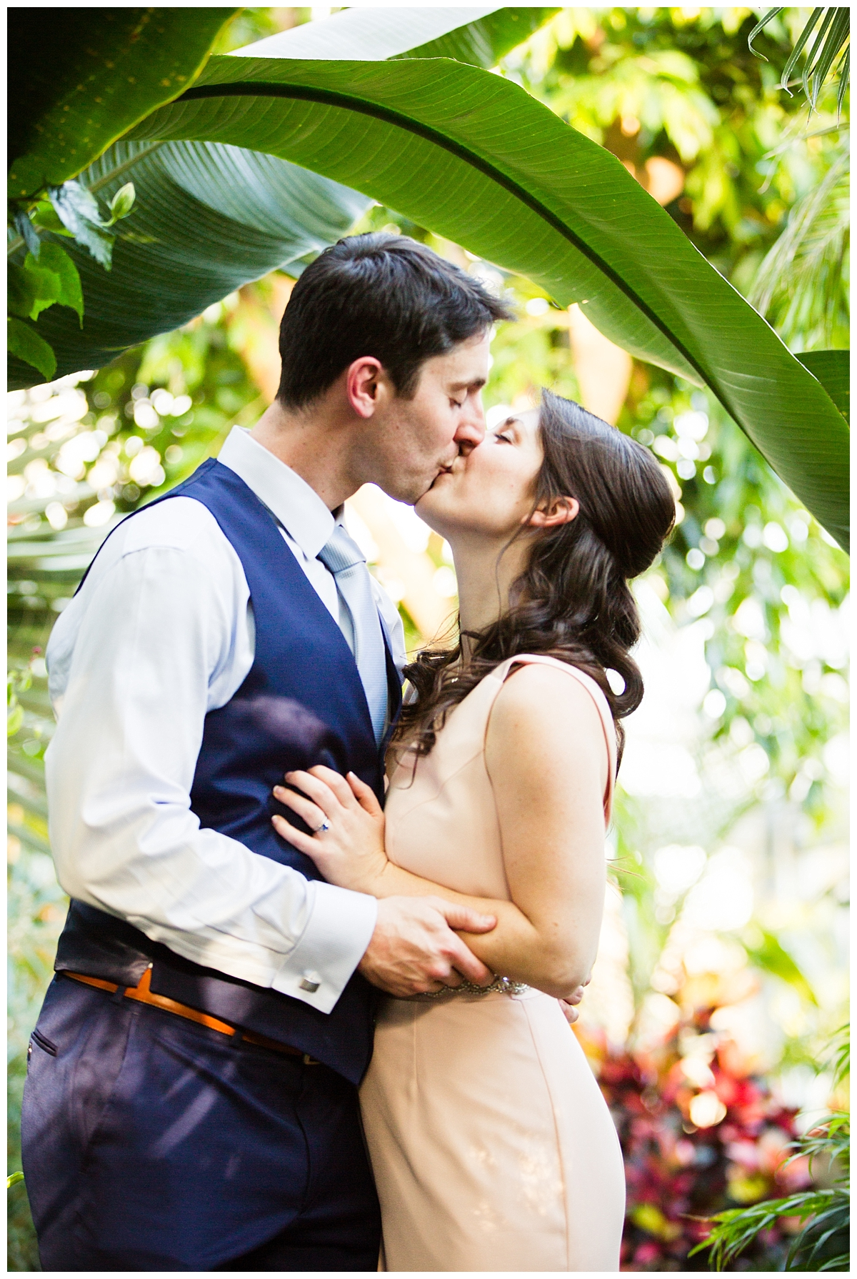 First kiss, intimate wedding photography, elopement photographer